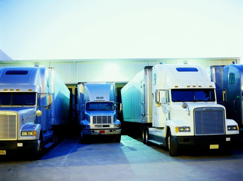 What's the difference between a truck dispatcher and a freight broker